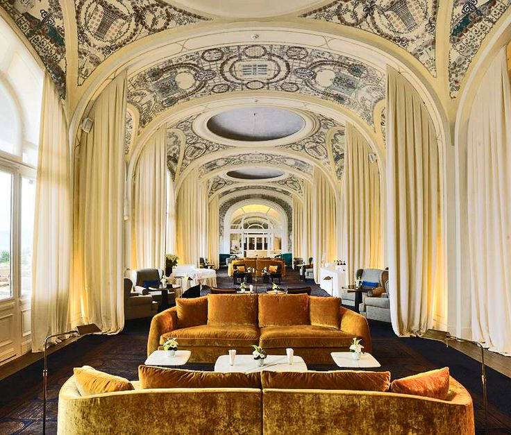 Flexform's Alfred sofa can be seen in this stunning interior of the Hôtel Royal…