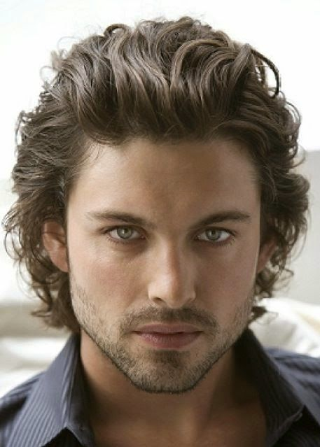 long hair guys styles coupe de cheveux homme raie au milieu 2015 coiffures 1637 | 7bc04182a118842780dfef5c8f3fdeab guy haircuts long hairstyles for men
