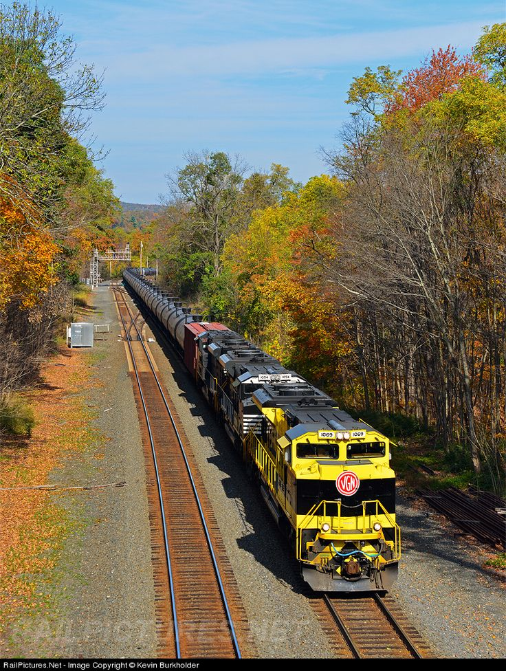 Photo NS 1069 Norfolk Southern EMD