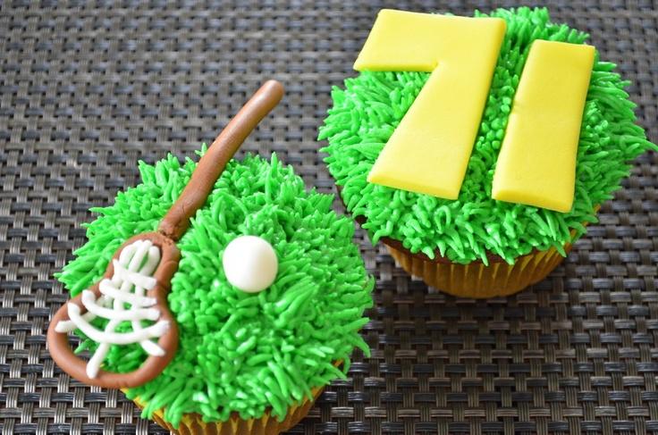 lacrosse cupcake