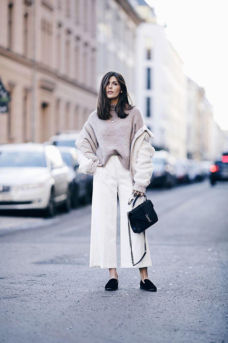 Pullover Iris & Ink // Hose Zara // Tasche Yves Saint Laurent // Schuhe Mango // Jacke Zara  Ich hoffe ihr hattet alle ein schönes Wochenende. Heute möchte ich euch einen weiteren Look von mir zeugen, den ich bei der Berliner Modewoche getragen habe. Die Kombination aus Culotte und Pullover ist ein Liebling für die Frühlingszeit. Definitiv zu kalt für Ende Januar, aber da ich mich an diesem Tag sowieso nur drinnen aufgehalten habe, dachte ich, ich...