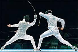 Il termine scherma si riferisce alle abilità e alle tecniche di una persona addestrata nell'arte dell'uso della spada