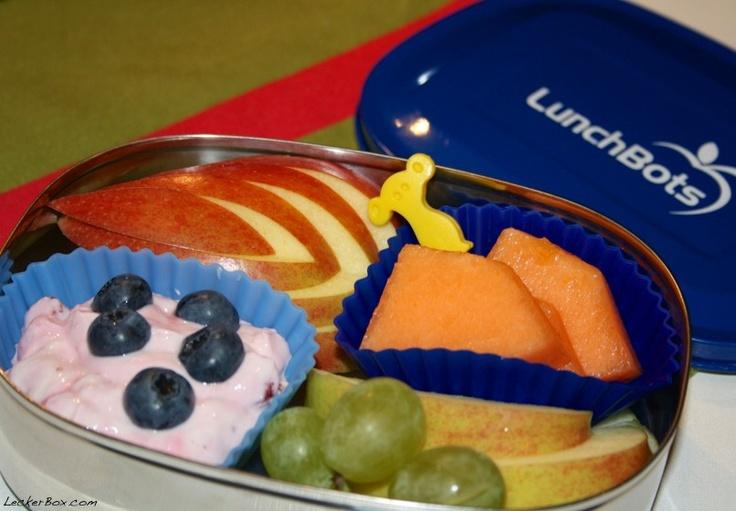 Frühstücksbox mit Erdbeerquark