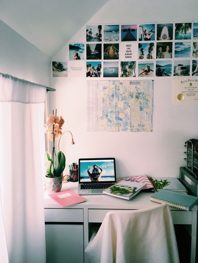 white college dorm room ideas with picture photos and lights comfy corner cozy shelves - Pinterest New Home Ideas