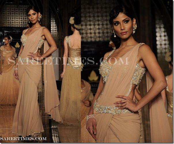 belted sari