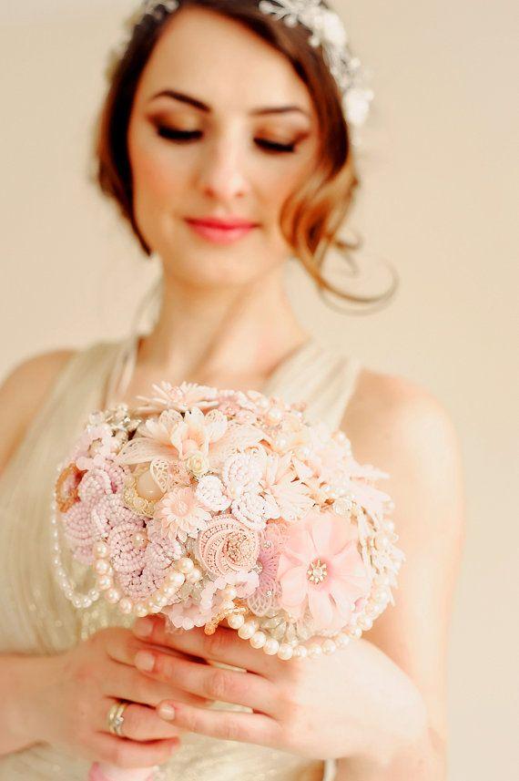 Wedding brooch bouquet – ANTOINETTE