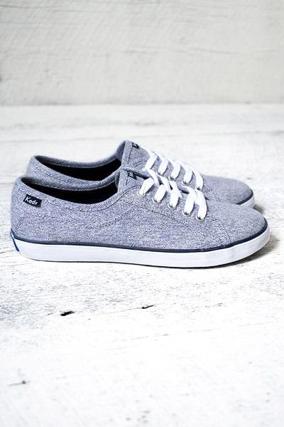 Soft heathered textured canvas shoe with a lace up front and white border along the sole. Great with leggings or any denim! Get your kicks!