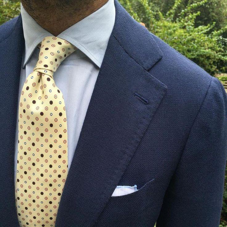 Viola Milano Handprinted silk tie & shoestring pocket square