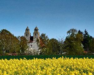 Tveje Merloese Church
