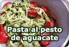 Pasta al pesto de aguacate :: receta vegetariana