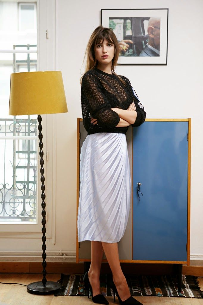 490 best jeanne damas images on pinterest french girls french chic and french style. Black Bedroom Furniture Sets. Home Design Ideas