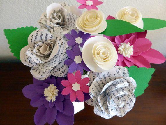 Papieren bloemen, gemengde Posy met boek pagina rozen - gemengde kleuren