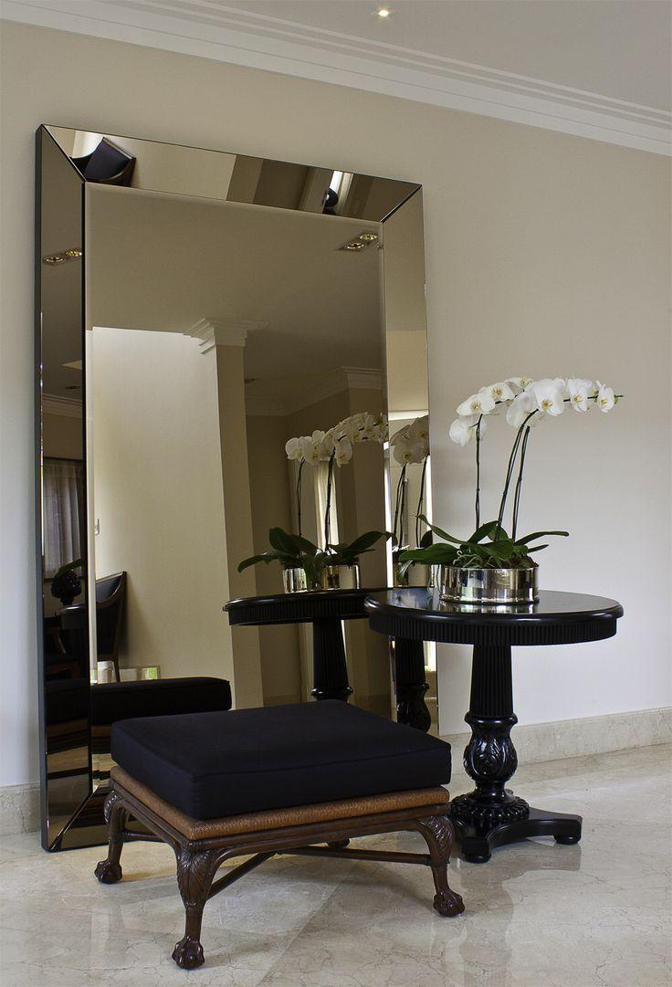 best 25 large floor mirrors ideas on pinterest big floor mirrors floor mirrors and white bedroom. Black Bedroom Furniture Sets. Home Design Ideas