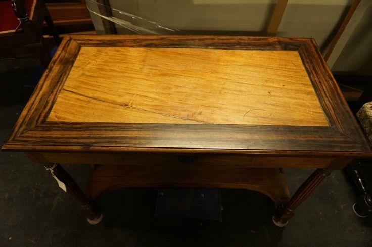 Приставной стол  Год: 19 век  Ширина:112 см Высота:77 см  Глубина:62 см  #стол #антиквариат antikvariat-vintage.ru