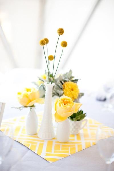 Many vasesIdeas, Simple Centerpieces, Vases, White, Scrapbook Paper, Milk Glasses, Yellow Centerpieces, Center Piece, Yellow Flower