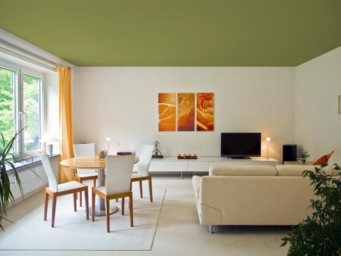 How To Deal With A Green Colored Room