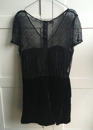 Kup mój przedmiot na #vintedpl http://www.vinted.pl/damska-odziez/inne/17289458-krotki-welurowy-aksamitny-kombinezon-z-koronka-strapless-gorsetowy