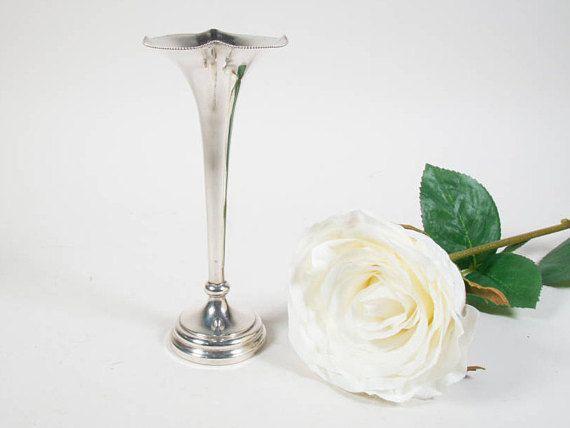Silver flower vase silver trumpet vase Netherlands 1906 tot