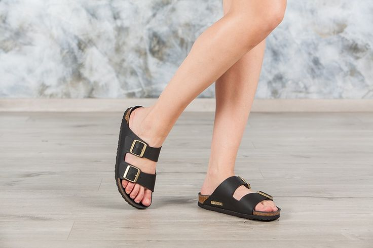sandales birkenstock arizona couleur noir pour femme en birko flor mat noir boucle or. Black Bedroom Furniture Sets. Home Design Ideas