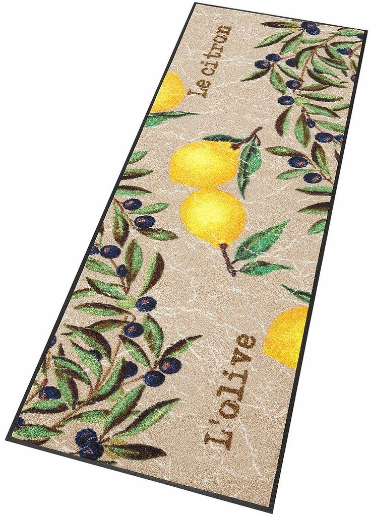 Details:  Malerisches Motiv mit Zitronen und Oliven, Warme beige-gelb-grün Farbkombination, Ein Stück Italien für die Küche, Mit rutschhemmender Rückenbeschichtung,  Qualität:  1.92 kg/m² Gesamtgewicht, 7 mm Gesamthöhe, Rücken 100% Nitrilgummi, Rutschhemmende Beschichtung auf der Unterseite,  Flormaterial:  100% Polyamid,  Wissenswertes:  Waschbar bei 60° C, Trocknergeeignet bis zu 90° C oder f...