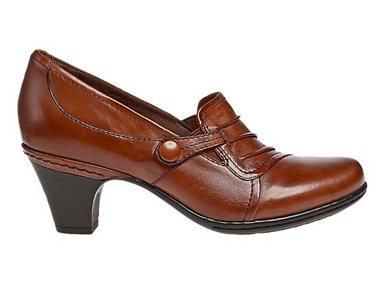 Slip on the Cobb Hill Sandy shoe to complete your stylish look. This  leather shoe