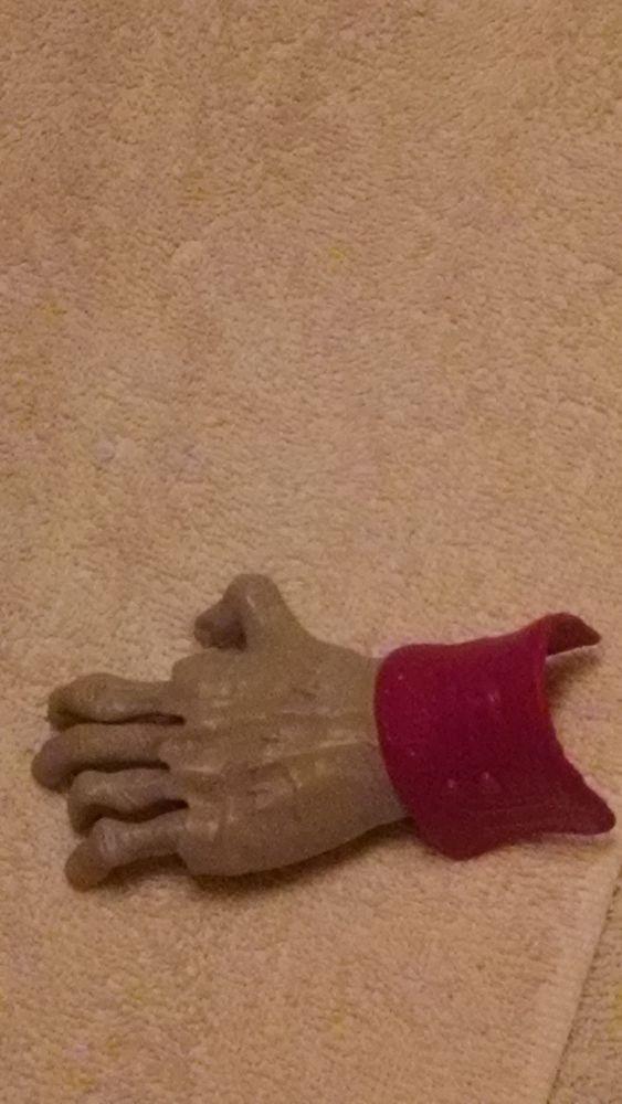2012 mcdonald's hotel transylvania crawling zombie hand toy #6 loose #McDonalds