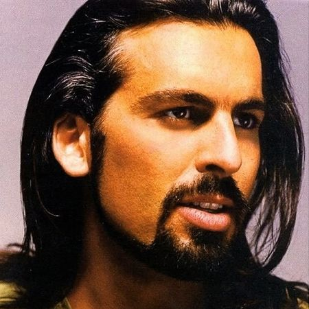 Oded Fehr: the hair and the beard
