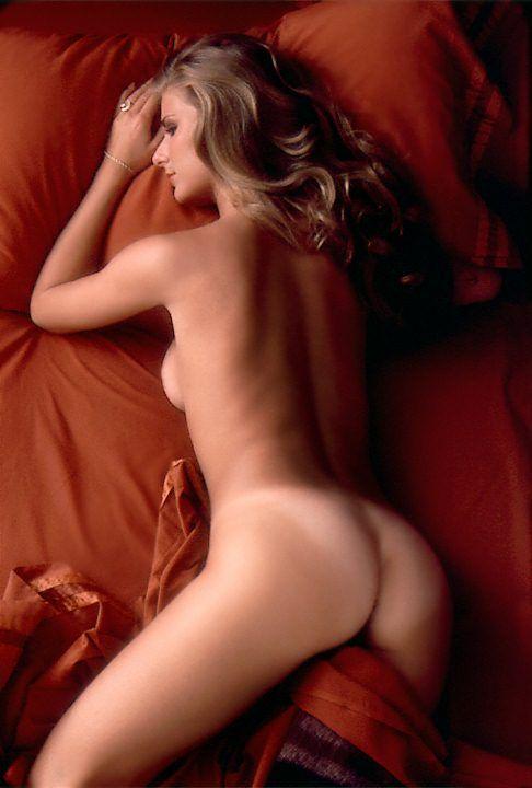 image Roberta vasquez miss november 1984 alternative version