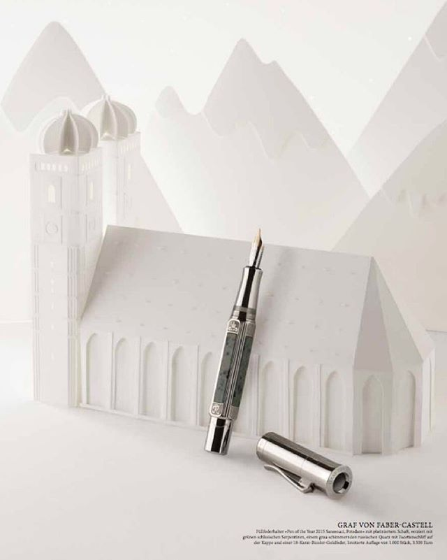 #Christmasseason has officially started 🎄! We've made 11 images for @kadewemag for their Christmas magazine. Loved crafting and shooting all the buildings from different cities around the world! #AChristmasJourney #papercraft #papercity #fabercastell #kadewe #kadewemag #frauenkirche #munich