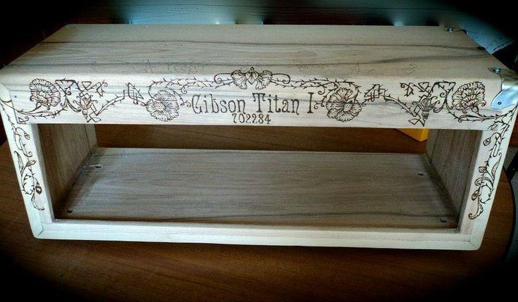 pirografia personalizzata su chassis artigianale per testata Gibson