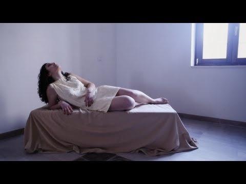 Petali e clessidra - Libellule perpetue - booktrailer poesia