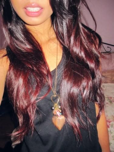 ok, so i hate the whole ombre trend, it just looks like someone got lazy and didn't keep up with their hair color.  BUT thanks to my sister-in-law i found that i actually like the red ombre...