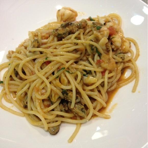 Good pasta! - Паста Дары Моря@Кофемания via www.dish.fm