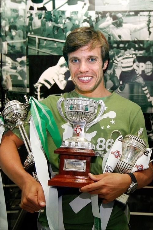 JOÃO BENEDITO, goal keeper and captain of the futsal team. Great load of trophies, champ. Way to go.