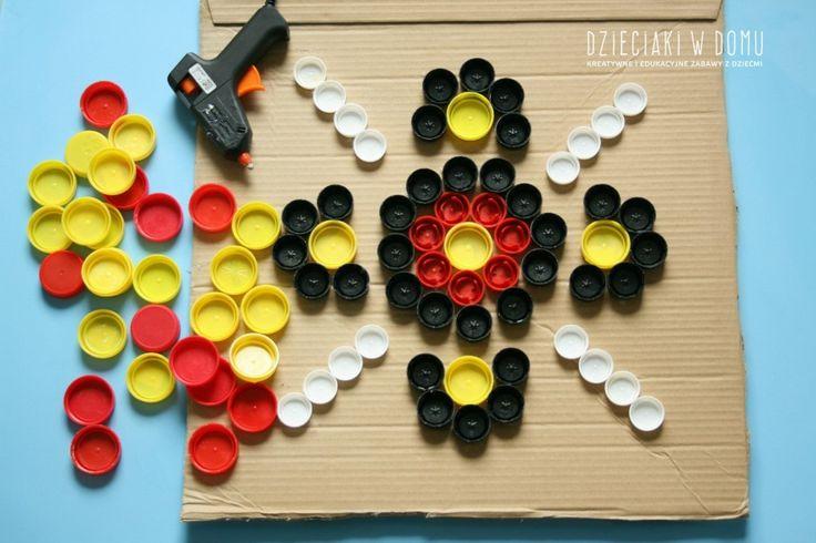 obraz z nakrętek - sztuka aborygeńska - praca dla dzieci