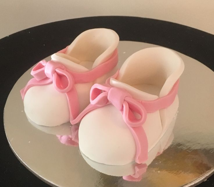 Baby shoes toppers