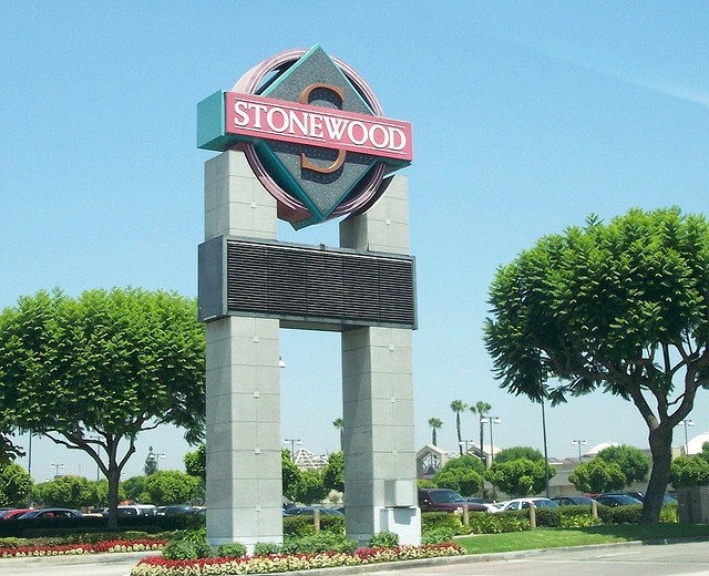 "Stonewood Shopping Center, the only ""Mall"" Downey, California had when I was growing up! Photo by ozfan22 on flickr: ""A long-standing shopping center in Downey, California, the Stonewood Shopping Center has been home to many establishments that have gone by the wayside, i.e., the Broadway, Farrell's Ice Cream Parlor, Mervyns, Judy's, Robinson-May..."""