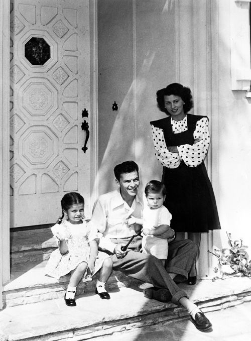 Frank and wife Nancy...and probably daughter Nancy and Frank jr. - undated web photo - MReno