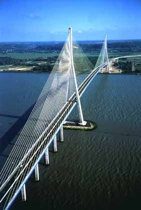 Pont de Normandie                                                                                                                                                                                 Plus