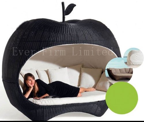 Rattan-Apple-Bed