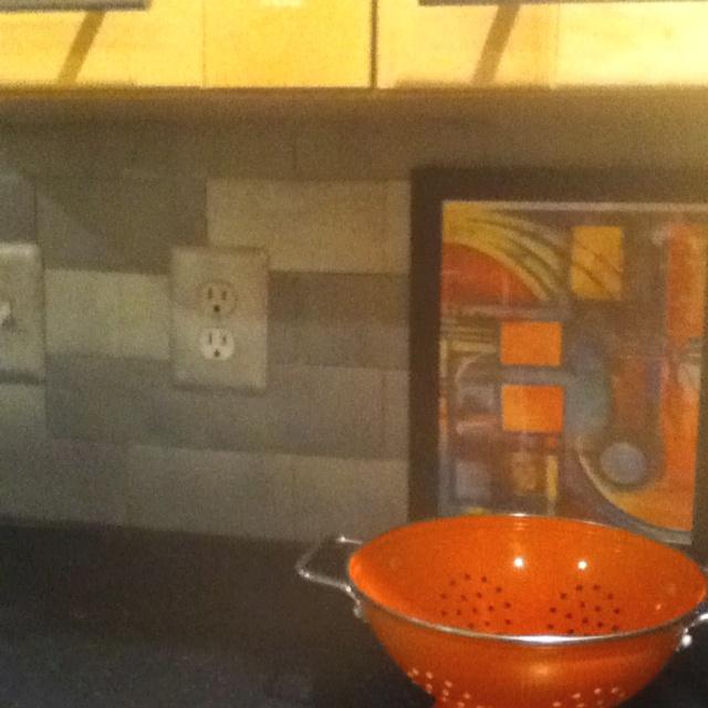 laminate floor tile 1 spray paint with silver plastic spray paint. Black Bedroom Furniture Sets. Home Design Ideas