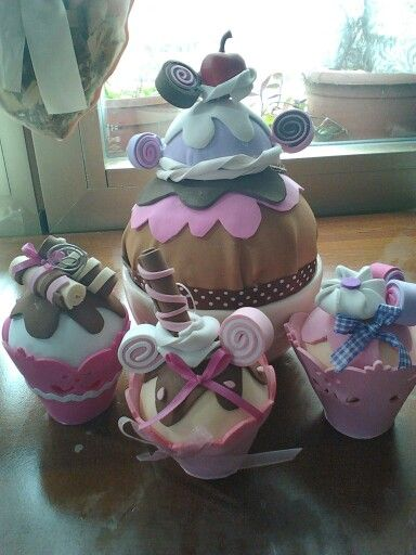 Cup cakes segna posto fommy