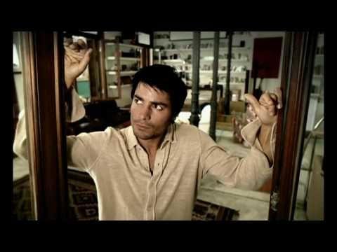 Chayanne - Y T� Te Vas  http://www.youtube.com/watch?v=ODsqyfI5R28=artistob=1=TLwe4X1CFyAiA