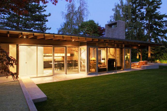 Contemporary Home Design: Genuine Urban Cabin by Suyama Peterson Deguchi   DesignRulz.com