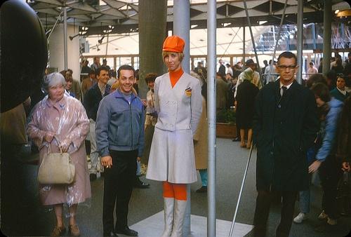 Expo 67, Montréal,  Inside the Germany pavilion.