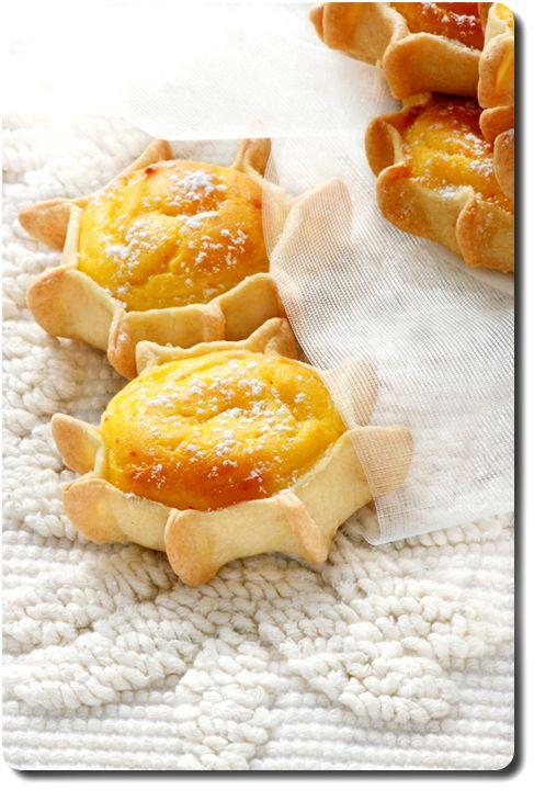 Pardulas  petits gâteaux de Sardaigne à la ricotta, zeste de citron et safran