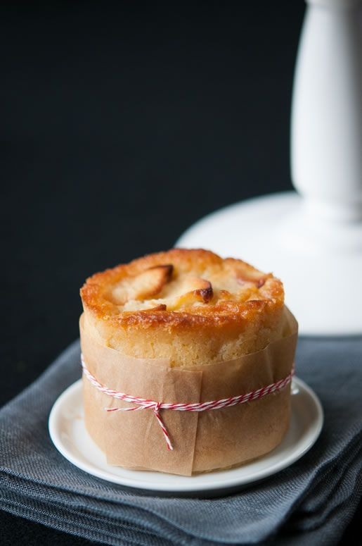 Mini French Apple Cake : http://hungryrabbitnyc.com/2013/07/vacation-blues-mini-french-apple-cakes/