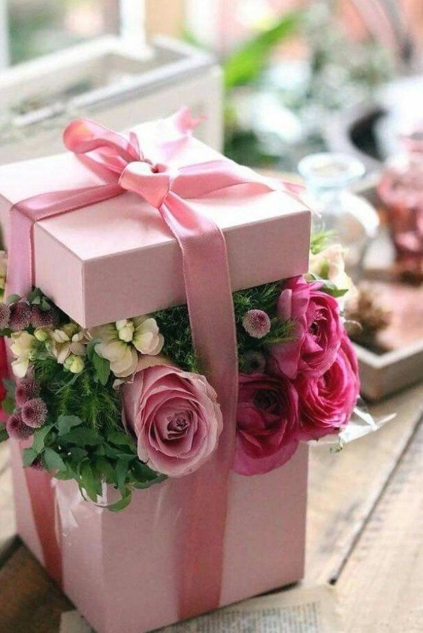 rose box colour white round gift box flower box gift box storage box flower box organiser box flower bouquet decoration hat box Decorative box with lid and gift compartment