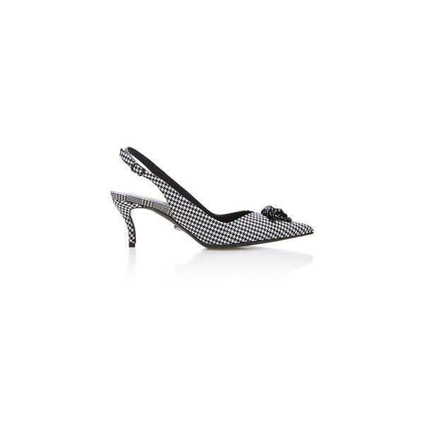 Versace Houndstooth Slingback Kitten Pump (3.065 BRL) ❤ liked on Polyvore featuring shoes, pumps, black white pumps, pointed-toe pumps, kitten heel slingback pumps, black and white slingback pumps and black and white pumps