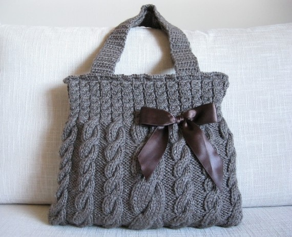 Big cable knit purse with a knitted handle